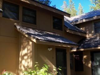 Long's Condo - Cozy Condo, perfect for Vacation, Ski or Summer Lease!, Truckee