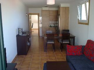 Apartamento con terraza y vistas al mar, Buno