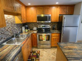 Newly Remodeled 1-Bedroom with Expanded Lanai, Kihei