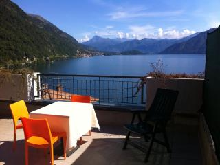 Luxury Silver Comolake apartment SKY4, Argegno