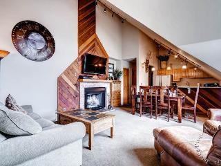 Ski Country Penthouse 4 by Ski Country Resorts, Breckenridge