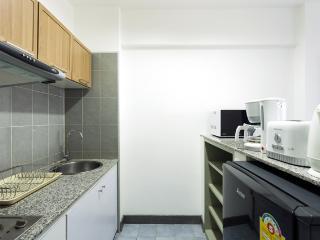 STANDARD B - Kitchen