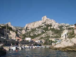 authentique cabanon  calanques