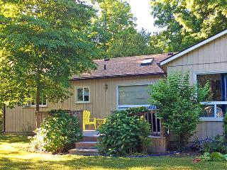 A Bayfield Charmer cottage (#885)