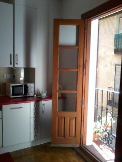 Balcón de la cocina con vistas exteriores