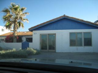 Beachfront Bungalow- Our home is on the beach, Puerto Peñasco