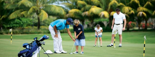 Practice putting green at Anahita