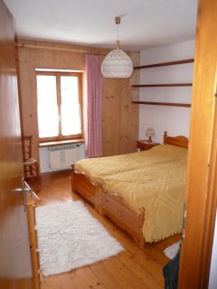 Camera matrimoniale, possibilità di aggiungere un lettino