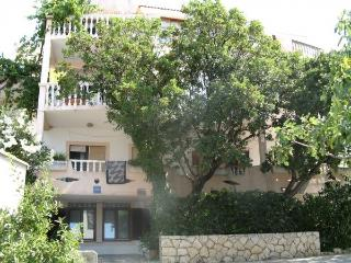 Apartmant 1, Novalja center, Zrće beach