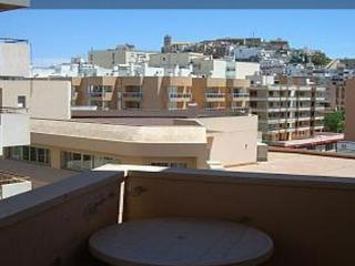 PISO GRANDE EN IBIZA PUERTO, Ibiza Town