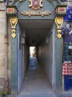 Entrance from The Royal Mile