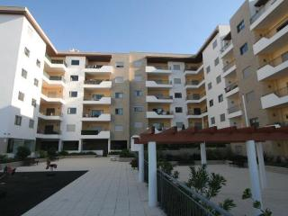 Central Lagos 2-bed 2-bath luxury apartment, Alandroal