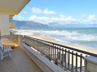 AL046 Appartam. 6 posti in spiaggia
