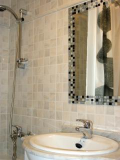 Salle de bain et douche 2