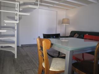 Comfortable loft 2 minutes from the sea
