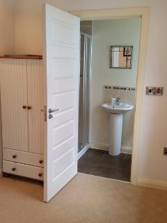 En suite off master bedroom.