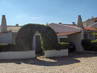 Algarve, Vilamoura villa near the beach Falesia