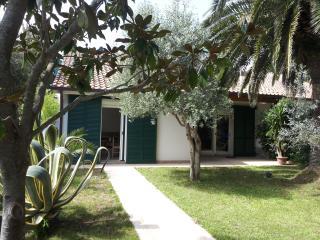 Giannella villa con giardino e patio