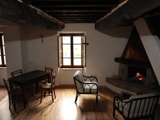 casa storica ristrutturata 3camere 2bagni piscina, Arcidosso