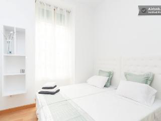 Bedroom 1, two beds that you can choose put them together or separately