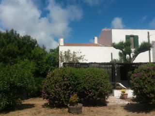 Carloforte, Isola di San Pietro casa tradizionale panoramica