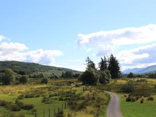 Ivy Cottage, Kilmonivaig farm, stunning retreat.