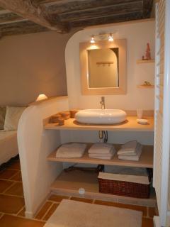 salle de bain dans la chambre 1 avec douche à l italienne