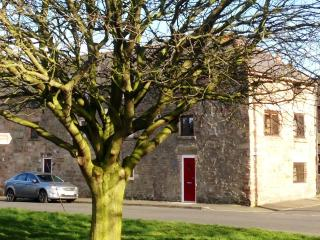 Stone built beautifully converted Granary dating back to the 1800's with original features