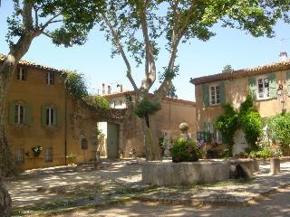Maison de charme dans village typique classé, Villeneuvette