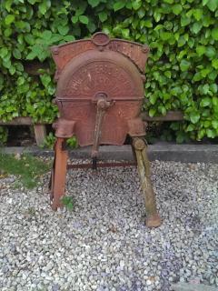 Old machine for chopping sugar beet.