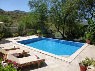 Villa Gelincik, Selimiye, sleeps 8/9, 4 bathrooms, Marmaris