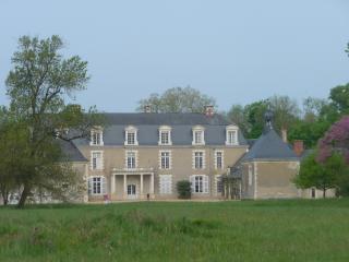 Aile sud du château du Plessis au Maire