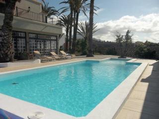 LJ1781886 | 9 Bedroom Villa. Callao Salvaje., Tenerife