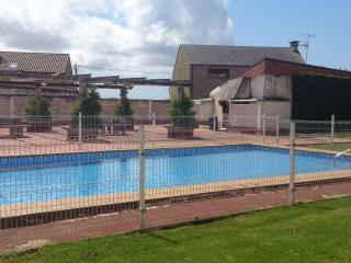 duplex piscina y otros en zona, Cambados