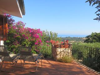 Elegant Villa with sea view, Castellammare del Golfo