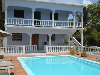 Tamarind Studio Apartment with Swimming Pool and minutes from Ocho Rios