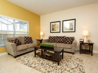 Large and Bright 4 Bedroom 3 Bath Town Home. 8934CUBA, Orlando