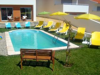 Casa Juanita (By rental-retreats), Sao Martinho do Porto