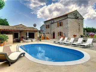 Villa in Hreljici, Istria, Croatia, Bratulici