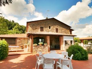 Casa Riozzo views, pool, wifi, tennis court, Spedalicchio