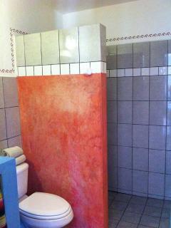 Casita studio bathroom