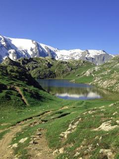le plateau d'Emparis et les lacs
