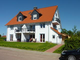 Vacation Apartment in Rerik - 1076 sqft, high-quality, large, ideal (# 5262)