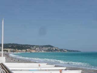Lumineux Calme Plage Negresco, Niza