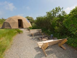 Star Dome -Trellyn, Trefin