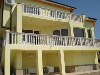 Palmtree Villa, Albena