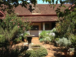 The Constant Gardener home, cosy small single room, Nairóbi