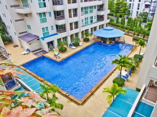 Stunning 2 bedroom Condo, Patong