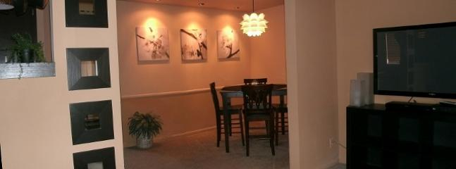 Cincinnati furnished apartments dining room dp3