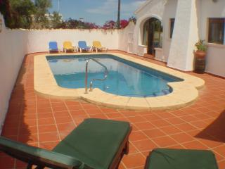 Enclosed Pool with Sun Loungers for Sun Bathing